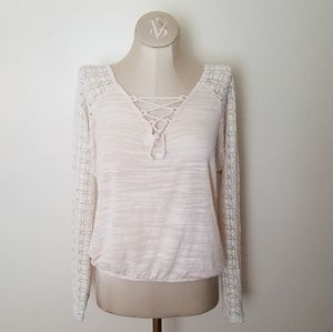 Anthropologie Meadow Rue Lace Front Top size Small